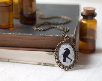 Black Raven necklace - Gothic jewelry - Vintage style necklace - Black raven pendant - Victorian necklace - Black crow - Halloween necklace