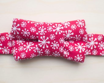 Holiday Bow Tie For Cats- Snowflakes