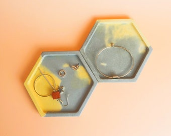 Set of 2 concrete hexagon tablets for jewelry, concrete coaster, ring Cup, candle plate-grey & Yellow marble effect