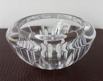 Modernist WEDGWOOD VERA WANG Crystal Art Glass Bowl - Etched