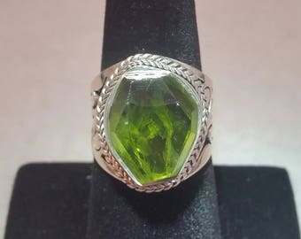 peridot ring set in sterling silver - free shipping - size 8 - mens ring - august birthstone - turningleafjewelryco - hand made