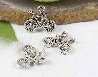 8 charms in antique silver 3D bicycle