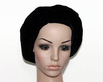 Vintage 1940s Black Hat// Tam Hat// Snood// Velvet Hat// Union Made//40s Hat//Black Velvet Hat