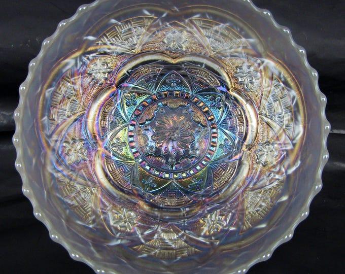 "Carnival Glass - Dugan PERSIAN GARDEN White Ice Cream Shape 6"" Bowl"