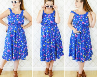 Vintage 70's Blue Floral Cotton Sundress - Casual Strappy Summer Day Dress - Garden Party Tea time Brunch Dress - Size Medium to Large