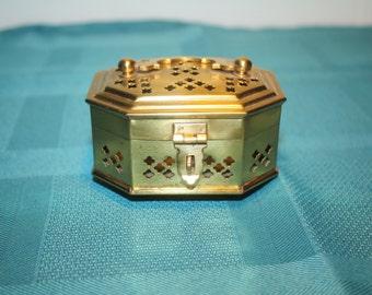 Small Vintage Cricket Box