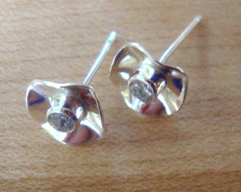 Earrings post hand fluted solid sterling silver flower, tube bezel set birthstone- Made in the USA by me -red,yellow,blue,green,purple,white