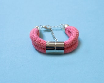 Cotton Bracelet in pink with chromed bead
