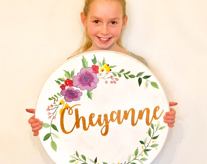 Round Name Sign. Name Sign Kids. Nursery Decor. Name Sign Girl. Nursery Decor. Nursery Wall Art. Baby Name Sign. Wood Name Sign.