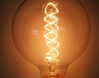 "Simple Vintage Lighting G95 Edison Light Bulb, E26 Base, 40W or 60W 120V, Antique Style, Amber Tinted or Clear, 3.74"" Globe, Spiral Filament"