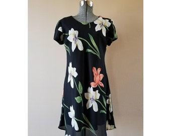 80's/90's Vintage Jessica Howard short sleeve floral print pullover dress