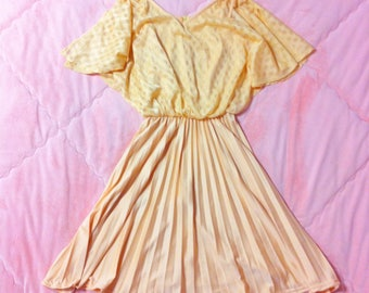 70s Vintage Pastel Peach Dress, 70s Orange Peach Pastel Dress, 70s Pastel Dress, Vintage Pastel Dress, Vintage Peach Dress