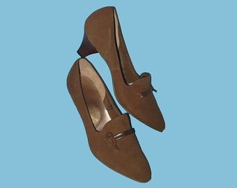 Vintage 60s Cocoa Brown Suede Wood Heel Shoes 5  A AA