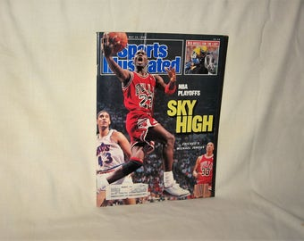 vintage 1988 sports illustrated magazine with michael jordan on the cover  free shipping in the usa!