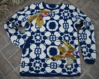 Hand knit South American Wool Pheasant sweater Size Medium to LArge. Excellent vintage condition, beautiful vibrant colors One Of A kind