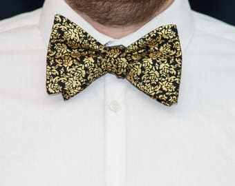 Bow Tie // Gold your Horses!