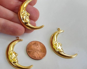 Moon Charm, Man on the Moon, Stars and Moons, Gold Moon, New Years Charms, Vintage Moon Charms, Gold, 6 pieces