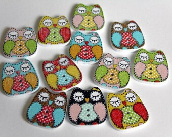 12 Patchwork Owls Wooden Buttons #EB59