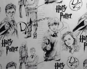 One Half Yard of Fabric - Harry Potter and Friends Line Art