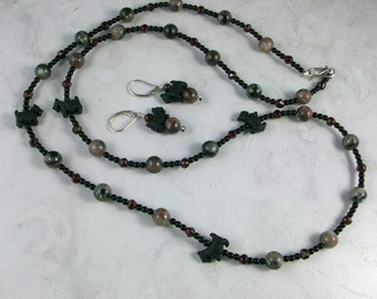Kashgar Red Green Garnet with Onyx OOAK Scottie Necklace and Earring Set - 186ss