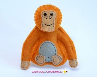 Felt ORANGUTAN, stuffed felt Orangutan magnet or ornament, cute Ornagutan, Orangutan toy, felt animal, home decor,gift,jungle animal,