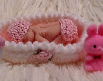 Polymer clay sleeping baby and bed rose edition