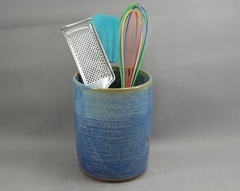 Pottery Utensil Holder Rutile Blue CHUN05