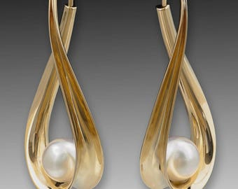Special order for Mary; Gold Hoop Earrings, 18K Solid Gold with 10mm freshwater pearls.