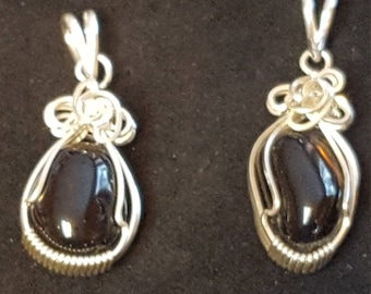 His Hers Sisters Grief Relief Sterling Silver Wire Wrapped Apache Tear Pendant Set by Sapphireskies Design