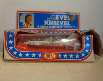 Vintage 1976 Ideal Toys, EVEL KNIEVEL, King of the Stuntmen,4 1/2 Inch Die Cast, Sky Cycle X-2, Snake River Canyon,Pop Biker Collectible