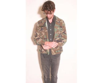 """Vintage 1980s Army """"Jones"""" Airborne Camouflage Jacket size Small Short"""