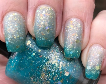 Earth   Thermal nail polish