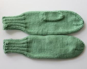 Knit Mittens, Green Adult Mittens, Sage Green Bridesmaid Gift, Sage Green Wedding, Warm Mittens, Soft Mittens, Ladies Mittens, Knit Mittens