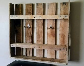Pallet entry shelf