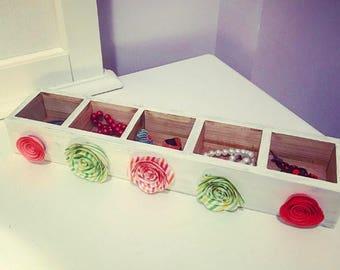 Floral Jewelry box, girls jewelry box, women's jewelry box, handmade jewelry box, customized jewelry box, jewelry box, gift idea, jewelry