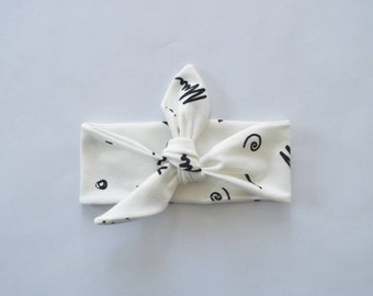 Hair band black and white figurines-baby clothes and accessories