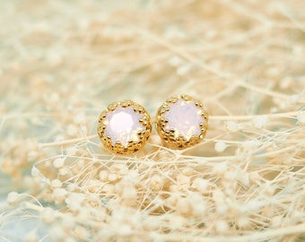 Rose Pink Opal Swarovski Crystals Crown Ear Stud Earrings \\ Vermeil - Gold Plated 925 Sterling Silver \\ 6mm round