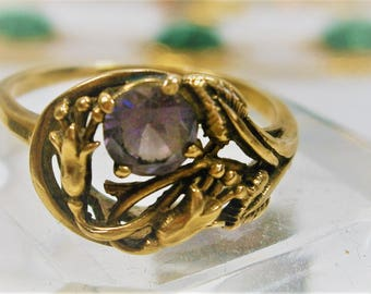 14KT Gold Amethyst Ring,  Vintage Art Nouveau Ring, Size 7, 1930's, Stylized Flowers Setting, Genuine Amethyst