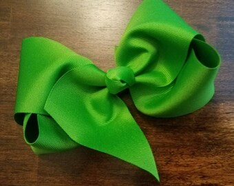 Large Kelly Green Bow