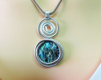 Gemstones Jewelry, Gemstone Necklace Pendant, Natural Shell Jewelry, Abalone Shell Pendant, Round Pendant Necklace, Natural Necklace Pendant