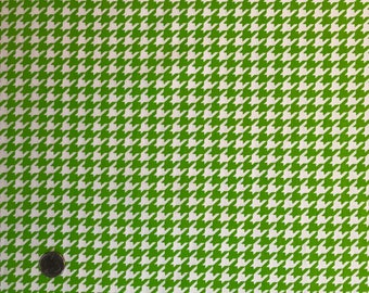 100% Cotton houndstooth print fabric in yellowgreen and white; for apparel