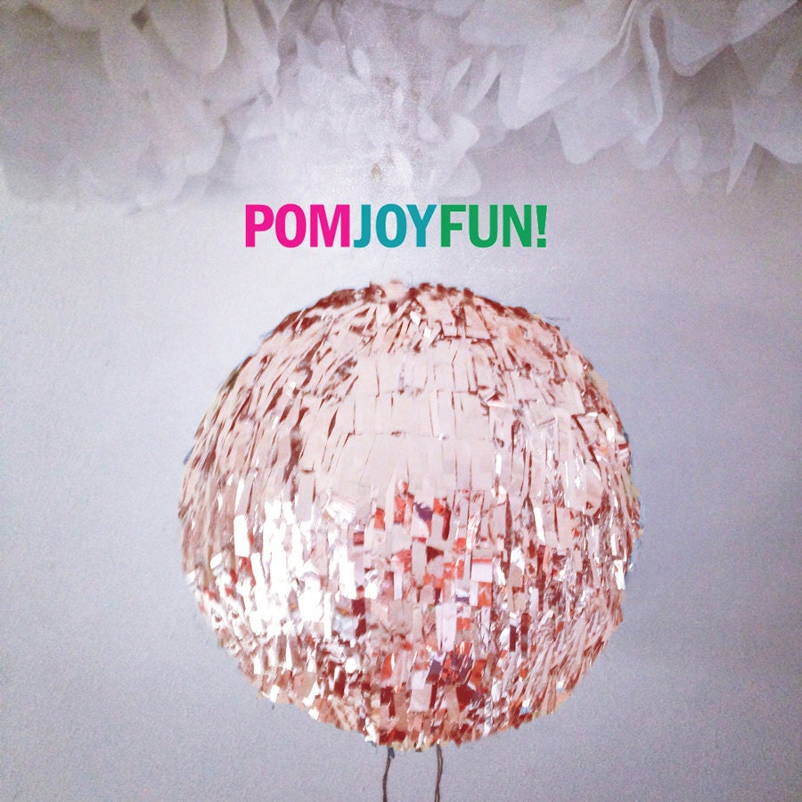 HUGE Rose Gold Gender Reveal Fringe Piñata, Gold Birthday Piñata, Baby  Shower Piñata, Fringe Wedding Pinata, Guest Book Pinata