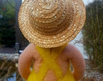 """My """"Eveline"""" the Fat Lady with a hat. An edge stool with a special format."""