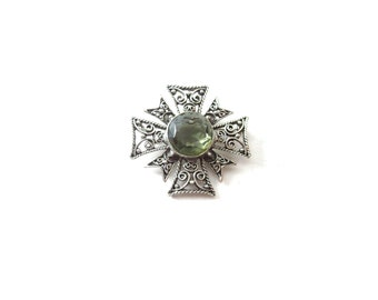 Gorgeous Unmarked Silver Tone Metal Filigree & Large Faceted Smokey Topaz Colored Gray Glass Cabochon Vintage Maltese Cross Brooch / Pin