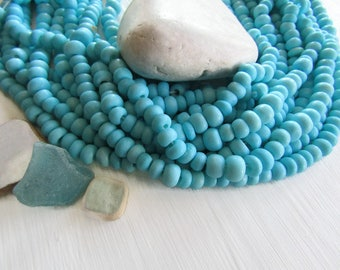 turquoise blue rondelle  bone beads, size and shape variation, natural Irregular look , ethnic boho style, 7mm to 10mm dia (30 beads) 6DB9-2
