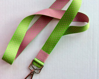 Lanyard preppy pink and green dots silver toggle d ring