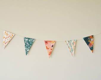 Triangle Bunting Banner, Party Banner, Nursery Decor, Triangle Garland, Birthday Party Garland, Baby Shower Bunting, Party Supplies