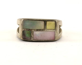 Vintage Mother Of Pearl Stone Ring 925 Sterling Silver RG 2914