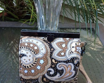 Small Frame Wristlet Wallet