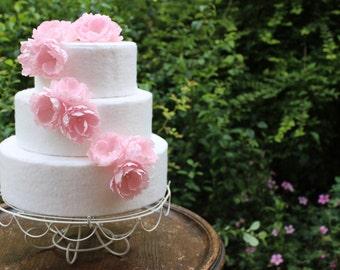 Wild Rose Wedding Cake Toppers. Flower Cake Topper. Wild Flower Wedding Cake. Wedding Cake Flowers. Pink Wedding Cake. Rustic Wedding.